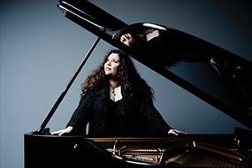 Klavierissimo: Plamena Mangova